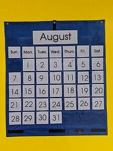 School Smart Pocket Chart Calendar, 25 X 28 in