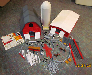 Ertl Farm Country Barn & Machine Shed Set. with silo & animals  etc early 1990's