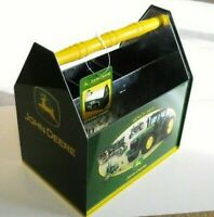 2007 NEW OLD STOCK JOHN DEERE TIN UTENSIL/SEWING CADDY-GREAT COLLECTIBLE ITEM(b)