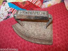 King Flat Iron 7 AAFA Primitive Antique ironing Country Prims Rusty Charm