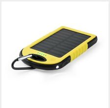 Power Bank Solar. 4000mAh. 2 salidas USB. Entrada micro USB. Cable incluido.