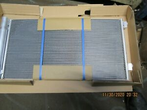 BMW MINI R56 R57 R60 R 61  COOPER  COOPER S  CLUBMAN AIR CONITIONING CONDENSOR