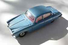 DINKY TOYS GB     -JAGUAR MARK X    REF 142  1962/68   BON ÉTAT