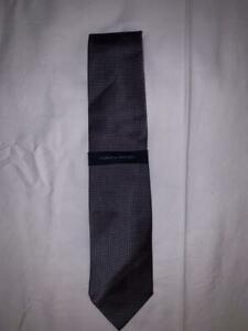 Tommy Hilfiger Men's 100% Silk Blue Navy Two-Tone Tie NWT