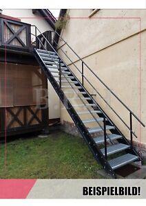Stahltreppe Aussentreppe Geländer beidseitig 7 Stufen 100cm verzinkt GH105-135
