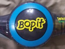 CLASSIC 2002 HASBRO BOPIT BOP IT PARTY GAME **3 AAA BATTERIES INCLUDED**