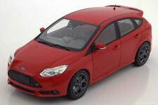 FORD FOCUS ST 2011 RED MINICHAMPS 110082002 1/18 METAL 504 PIECES ROUGE ROSSO