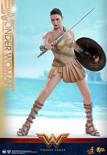 Hot Toys Wonder Woman 1/6th Wonder Woman (Training Armor Version) Figure MMS424