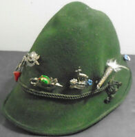 VINTAGE GENUINE FLUGEL HUT BAVARIAN OKTOBERFEST GREEN HAT WITH 8 HAT PINS