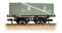 Graham Farish 377-090 N Gauge NE 7 Plank End Door Wagon