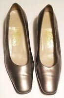 Salvatore Ferragamo Womens size 9 M Brushed Silver Leather Pump Heels Shoe Italy