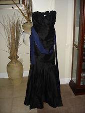 NWT Beautiful Designer VERA WANG Black Silk Size 8 Formal Cocktail Dress Gown