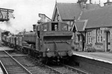 PHOTO  SHROPSHIRE  ONIBURY RAILWAY STATION REMAINS GWR LOCO 9762 1949