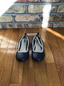 Gymboree Youth Girls Flat Shoes Brand New Sz 2 Navy Blue & White