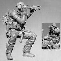 1/35 Resin Figure Model Kit  Sniper Observer Car Version Resin Soldier