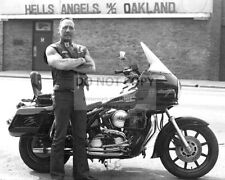 SONNY BARGER FOUNDING MEMBER OF HELLS ANGELS IN OAKLAND CA - 8X10 PHOTO (CC768)