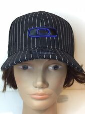 OAKLEY 39THIRTY Fitted Flexifit Baseball Cap Hat Small Med White Pinstripe 2011