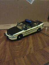 Maisto 1/18 Premiere Edition Chevy inpala Tennessee State trooper
