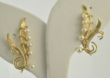 14kt Yellow Gold  and pearl earrings