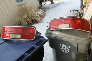 1993 CHEVROLET CAPRICE left and right Taillight lenses used