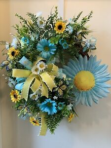 Daisey Door Wreath, Turquoise Decor, Home Decor, Wall Decor