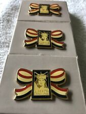 1 VINTAGE RED WHITE AND BLUE 1886-1986 STATUE OF LIBERTY PIN