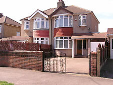 4 Bedrooms UK & Ireland Properties
