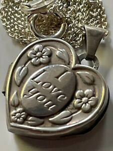 Vintage 70's sterling silver engraved heart locket pendant & 925 chain necklace