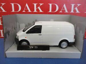Die cast 1/43 Modellino Furgone Van Volkswagen Transporter T5 bianco Cararama