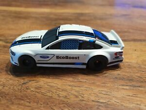 Tomy afx Ford Mondeo micro slot car