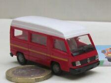 Herpa  042307  Mercedes-Benz 100 D Hochdach Wohnmobil  rot  (4567)