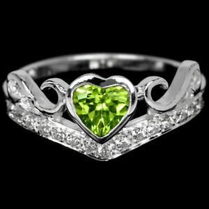 NATURAL AAA GREEN PERIDOT & WHITE CZ STERLING 925 SILVER HEART RING SIZE 6.25