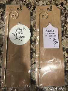 """Set Of 2 Ankyo Play in Dirt/Home Fancy Garden Lawn Decor Metal Sign Stake 11.5"""""""