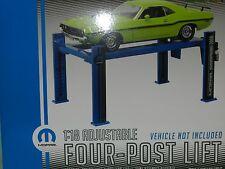 Greenlight Collectibles 1/1/8 Adjustable Four Post Lift (Hoist) Mopar MiB