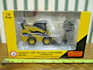 Caterpillar 272C Skid Loader With Work Tools By Norscot 1/32nd Scale >