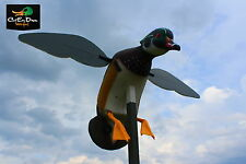 NEW MOJO OUTDOORS SCREAMIN' WOODY SPINNING WING MOTION WOOD DUCK DECOY
