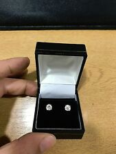 Stunning 1.00ct 18k white gold diamond solitaire stud earrings - certified.
