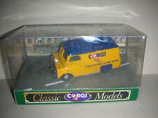 Vintage Corgi Classic Models Bedford CA Van #D981/8  (B 12)