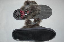 Womens Slippers GRAY Cable Knit POM POMS Rubber Sole SLIP ON Faux Fur Trim 6