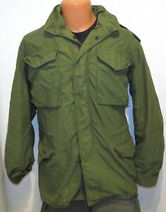 vtg M65 COLD WEATHER FIELD COAT SMALL LONG Army 70s? green jacket distress S