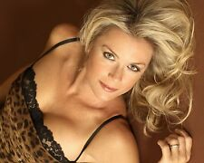 Katherine Kelly Lang /  Bold and The Beautiful 8 x 10 GLOSSY Photo  IMAGE #2