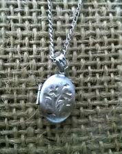 """VINTAGE - PETITE Sterling Silver Laser cut LOCKET Necklace 15"""""""