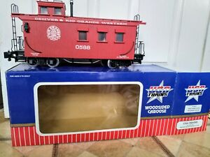 USA trains woodlined Caboose