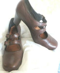 Clarks Artisan Brown Leather Heel Shoes Sz 9.5 M