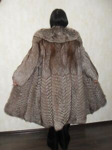 Excellent fur coat made of natural polar fox fur (not sable, not chinchilla)
