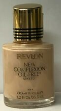Revlon New Complexion Oil-Free Makeup 1.2 fl oz / 35.5 ml CREAMY PEACH BEIGE
