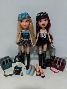 MGA Bratz lot -  2 Treasurez dolls 2005, Cloe Roxxi w clothes accessories