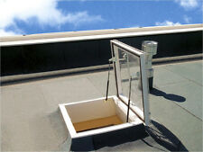 Flachdach-Ausstiegsfenster 100x100 x30cm PVC/ Acryl-Lichtkuppel als CXP manuelle