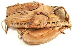 WILSON A2143 Baseball Leather Glove LEFT Hand Thrower GLOVE FITS RIGHT HAND