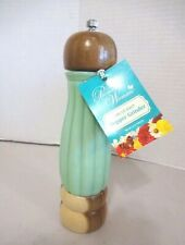 New Pioneer Woman Jade Glass and Wood Timeless Beauty Pepper Grinder-NWT